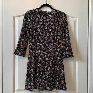 H&M Long Sleeve Back Floral Dress